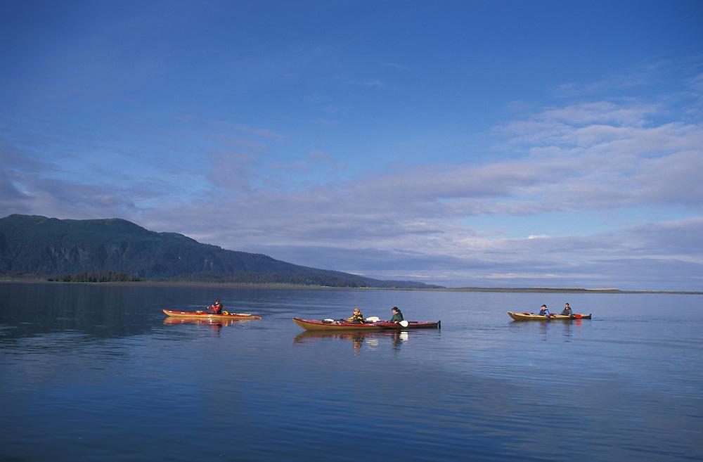 Sea Kayaking, China Poot Baynear Homer, Kachemak Bay Wilderness Lodge, Alaska, USA