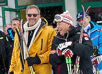 Ski Alpin WM 2013  Schladming  09.02.2013 Abfahrt Herren Schauspieler Kevin Costner (li, USA) mit Praesident des Oesterreichischen Skiverbandes  Peter Schroecksnadel (AUT)