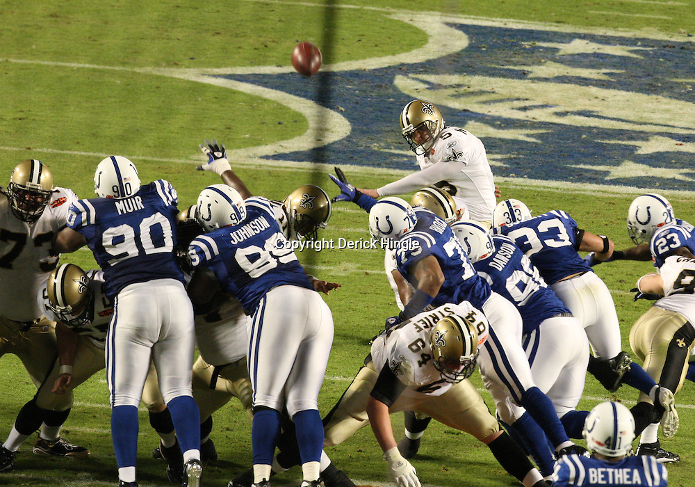 2010 February 07: New Orleans Saints PK Garrett Hartley (5) connects on a field goal during a 31-17 win by the New Orleans Saints over the Indianapolis Colts in Super Bowl XLIV at Sun Life Stadium in Miami Gardens, Florida.