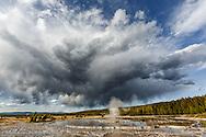 Great Fountain Geyser, Lower Geyser Basin, Yellowstone National Park, Wyoming/Montana.