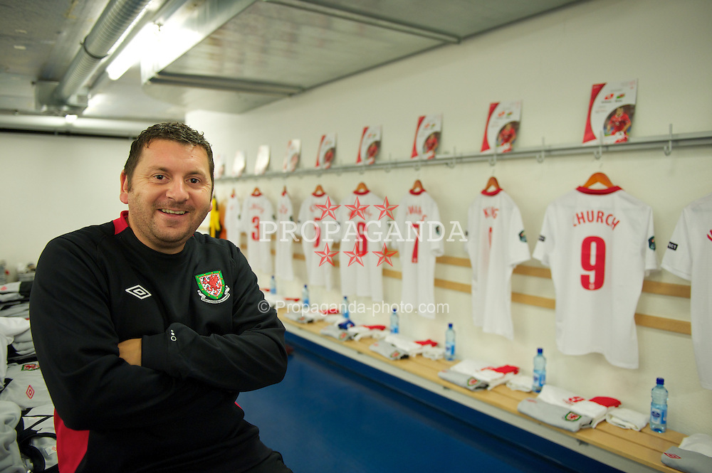 BASEL, SWITZERLAND - Tuesday, October 12, 2010: Wales' equipment manager David Griffiths in the away team dressing room before the UEFA Euro 2012 qualifying Group G match against Switzerland at St. Jakob-Park. (Pic by David Rawcliffe/Propaganda)