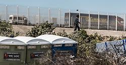 24.06.2016, Dschungelcamp, Calais, FRA, der Dschungel von Calais, im Bild ein Mann spaziert Richtung Autobahn. Das Camp ist eine provisorische Zeltstadt nahe der französischen Stadt Calais. Mehrere tausend Menschen kampieren dort in Zeltunterkünften und warten auf eine Möglichkeit zur illegalen Weiterreise durch den Eurotunnel nach Großbritannien. man walking towards the motorway. The Calais Jungle is the nickname given to a migrant encampment, where migrants live while they attempt illegally to enter the United Kingdom at the Jungle Camp of Calais, France on 2016, 06, 24. EXPA Pictures © 2016, PhotoCredit: EXPA, JFK