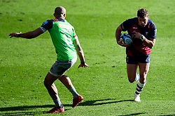Henry Purdy of Bristol Bears is marked by Aaron Morris of Harlequins - Mandatory by-line: Ryan Hiscott/JMP - 08/03/2020 - RUGBY - Ashton Gate - Bristol, England - Bristol Bears v Harlequins - Gallagher Premiership Rugby