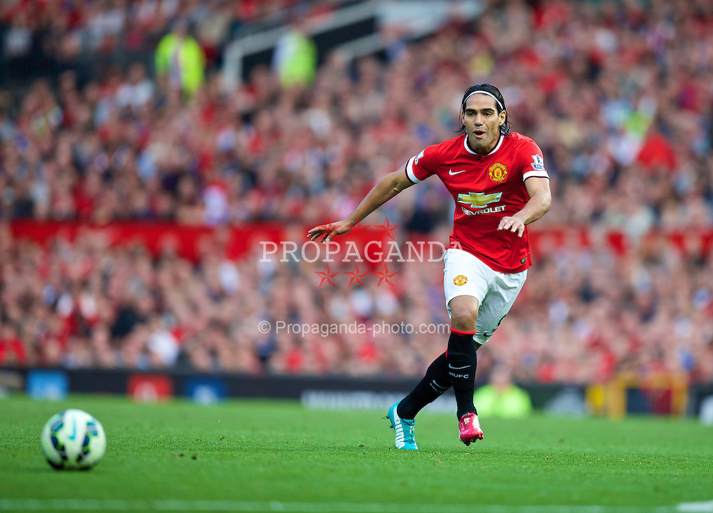 MANCHESTER, ENGLAND - Sunday, September 14, 2014: Manchester United's Radamel Falcao in action against Queens Park Rangers during the Premier League match at Old Trafford. (Pic by David Rawcliffe/Propaganda)