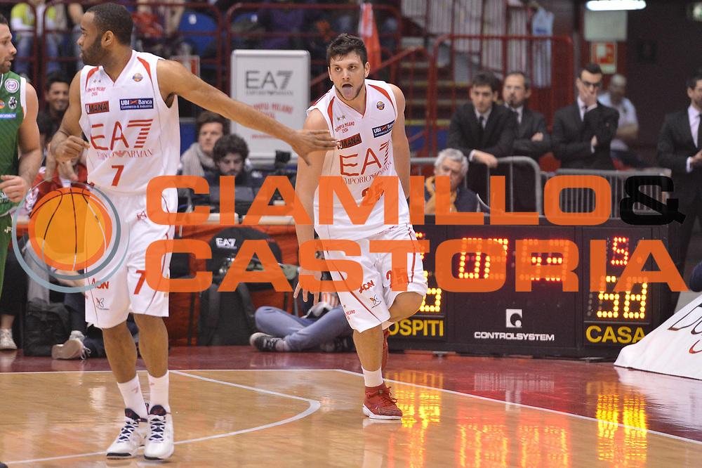 DESCRIZIONE :  Milano Lega A 2012-13 EA7 Emporio Armani Milano Montepaschi Siena<br /> GIOCATORE : Alessandro Gentile<br /> CATEGORIA : esultanza curiosita ritratto<br /> SQUADRA : EA7 Emporio Armani Milano <br /> EVENTO : Campionato Lega A 2012-2013 <br /> GARA : EA7 Emporio Armani Milano Montepaschi Siena<br /> DATA : 03/03/2013<br /> SPORT : Pallacanestro <br /> AUTORE : Agenzia Ciamillo-Castoria/GiulioCiamillo<br /> Galleria : Lega Basket A 2012-2013  <br /> Fotonotizia : Milano Lega A 2012-13 EA7 Emporio Armani Milano Montepaschi Siena<br /> Predefinita :