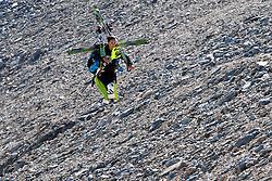 04.11.2011, Moelltaler Gletscher, Flattach, AUT, DSV Medientag, im Bild Nina Perner trägt die Ski vom Gletscher zum Bergrestaurant// During media day of German Ski Federation DSV at Moelltaler glacier in Flattach, Carinthia, Austria on 4/10/2011. EXPA Pictures © 2011, PhotoCredit: EXPA/ J. Groder