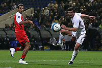 Photo: Paul Thomas.<br /> Bolton Wanderers v Braga. UEFA Cup. 25/10/2007.<br /> <br /> Gary Speed (R) heads at goal for Bolton.