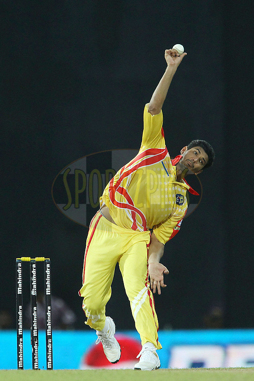 Mohammad Mahmudullah during match 17 of the Sri Lankan Premier League between Basnahira Cricket Dundee and Ruhuna Royals held at the Premadasa Stadium in Colombo, Sri Lanka on the 25th August 2012. .Photo by Ron Gaunt/SPORTZPICS/SLPL