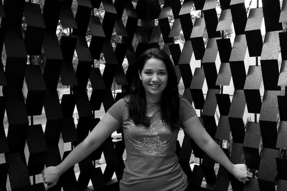 Daniela del Carmen Alvarado Álvarez (nacida el 23 de octubre de 1981 en Caracas) es hija de dos grandes actores venezolanos: Daniel Alvarado y de la actriz Carmen Julia Álvarez. Incursionó en el mundo de la actuación a los 4 años. Caracas, 14-05-08 (ivan gonzalez)