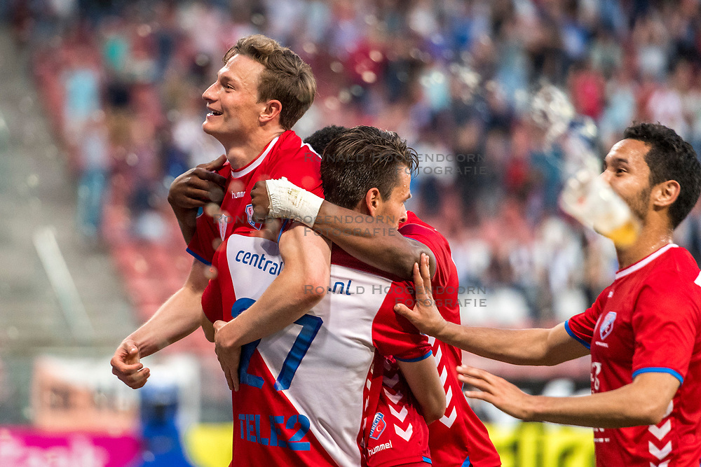12-05-2018 NED: FC Utrecht - Heerenveen, Utrecht<br /> FC Utrecht win second match play off with 2-1 against Heerenveen and goes to the final play off / (L-R) Rico Strieder #6 of FC Utrecht score the 1-0, Lukas Gortler #27 of FC Utrecht, Gyrano Kerk #7 of FC Utrecht, Mark van der Maarel #2 of FC Utrecht