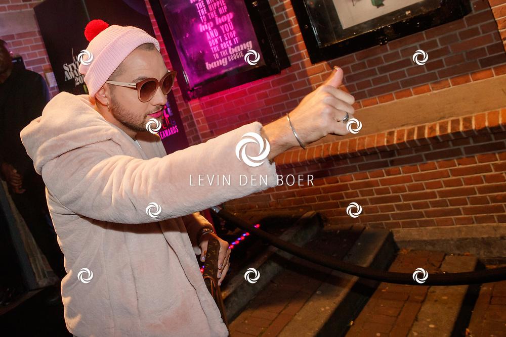 AMSTERDAM - In club Panama zijn de Elle Style Awards 2017 gehouden. Met hier op de rode loper Jett Rebel. FOTO LEVIN & PAUL PHOTOGRAPHY VOF