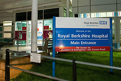 © Licensed to London News Pictures. 05/03/2020. Reading, UK. The Royal Berkshire NHS Foundation Trust has announced the UK's first COVID-19 coronavirus related death. The patient has previously been in and out of hospital for non-coronavirus reasons, but on this occasion was admitted and last night, Wednesday 04/03/2020, tested positive for coronavirus. Photo credit: Peter Manning/LNP