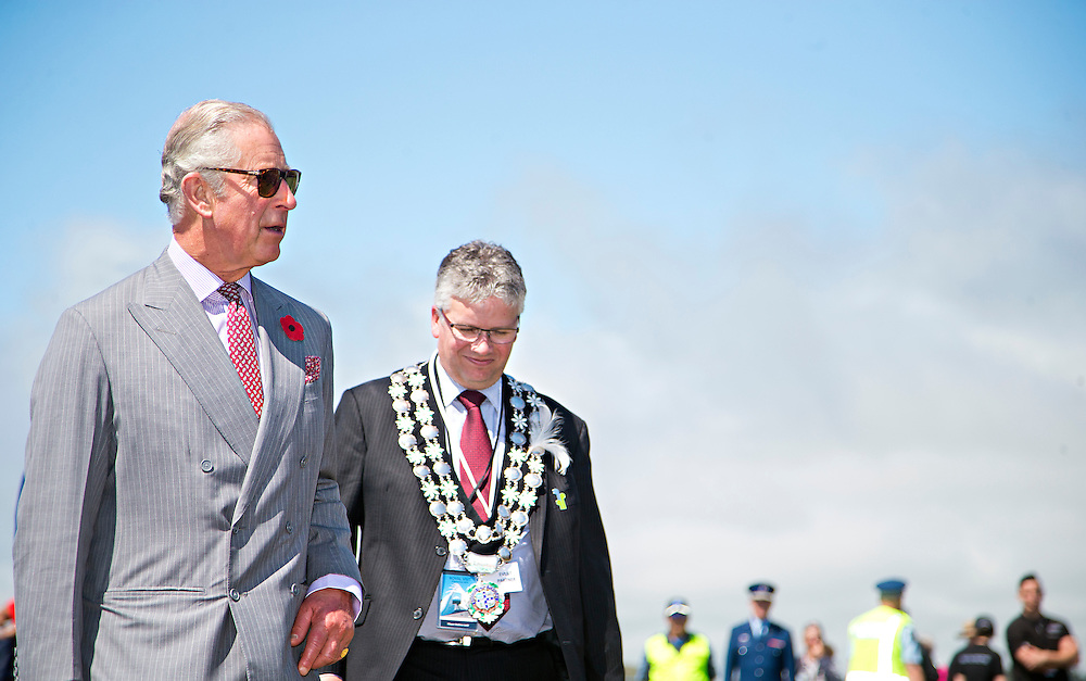 Prince Charles, Prince of Wales  with New plymouth Mayor Andrew Judd after crossing the Te Rewa Rewa Bridge and walking the Coastal Walkway, New Plymouth, New Zealand, New Zealand, Monday, November 09, 2015. Credit:SNPA / Fairfax, Charlotte Curd  **POOL**