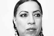 Felina Santiago es una activista muxe de Juchitán, Oaxaca, que lucha por informar sobre el SIDA, y el respeto a los derechos sexuales.