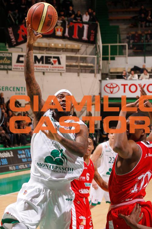 DESCRIZIONE : Siena Lega A 2012-13 Montepaschi Siena Cimberio Varese<br /> GIOCATORE : Bobby Brown<br /> CATEGORIA : tiro<br /> SQUADRA : Montepaschi Siena<br /> EVENTO : Campionato Lega A 2012-2013 <br /> GARA : Montepaschi Siena Cimberio Varese<br /> DATA : 03/02/2013<br /> SPORT : Pallacanestro <br /> AUTORE : Agenzia Ciamillo-Castoria/P.Lazzeroni<br /> Galleria : Lega Basket A 2012-2013  <br /> Fotonotizia : Siena Lega A 2012-13 Montepaschi Siena Cimberio Varese<br /> Predefinita :