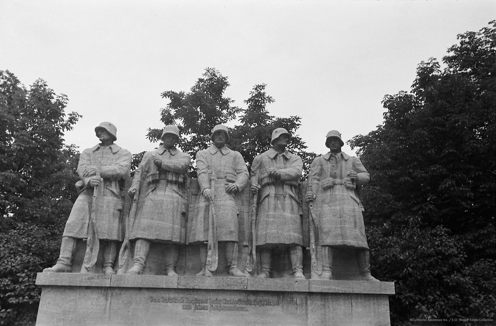 War Memorial of the 118th Infantry Regiment at Worms, 1937