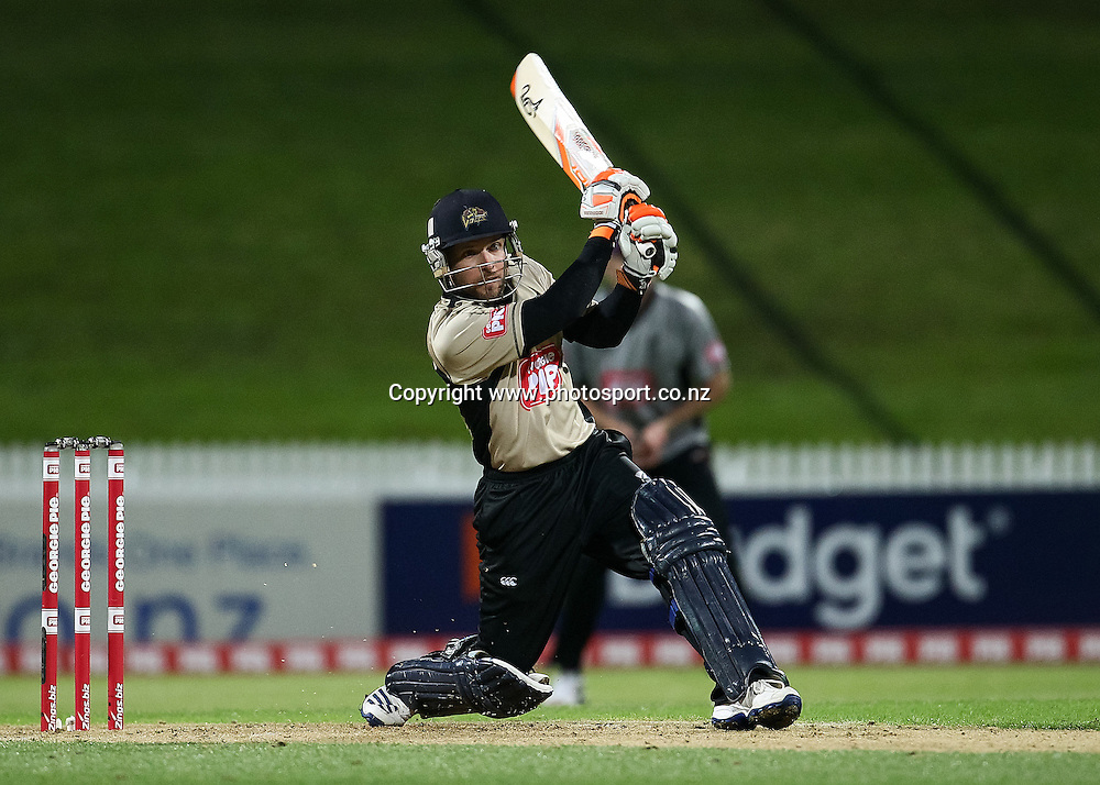 North Island's Derek De Boorder batting during the Island of Origin T20 cricket game - North v South, 31 October 2014 played at Seddon Park, Hamilton, New Zealand on Friday 31 October 2014.  Photo: Bruce Lim / www.photosport.co.nz
