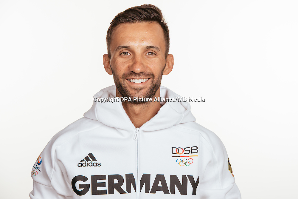 Manuel Fumic poses at a photocall during the preparations for the Olympic Games in Rio at the Emmich Cambrai Barracks in Hanover, Germany, taken on 12/07/16 | usage worldwide