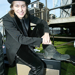 Mark Owen at Big in Falkirk 2004