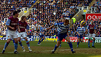 Photo: Alan Crowhurst.<br />Reading v Aston Villa. The Barclays Premiership. 10/02/2007. Reading's Steve Sidwell heads the opening goal 1-0.