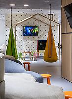 Интерьерная фотосъемка клиники R+ в Киеве. Дизайн интерьера: студия SED ARTE, Киев
