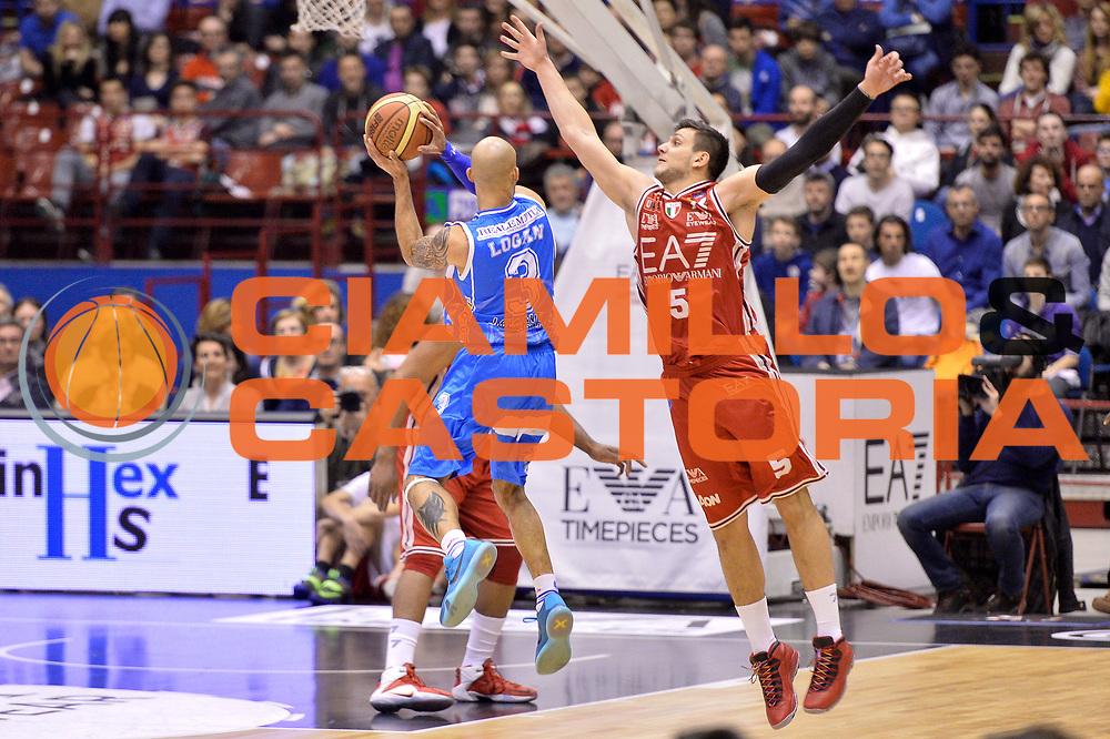 DESCRIZIONE : Milano 2014-2015  EA7 Emporio Armani Milano vs Banco di Sardegna Sassari<br /> GIOCATORE : Logan David<br /> CATEGORIA : Controcampo Tiro<br /> SQUADRA : Banco di Sardegna Sassari<br /> EVENTO : Campionato Lega A 2014-2015 GARA : EA7 Emporio Armani Milano Banco di Sardegna Sassari<br /> DATA : 29/03/2015<br /> SPORT : Pallacanestro <br /> AUTORE : Agenzia Ciamillo-Castoria/IvanMancini<br /> GALLERIA : Lega Basket A 2014-2015 FOTONOTIZIA : Milano Lega A 2014-2015 EA7 Emporio Armani Milano Banco di Sardegna Sassari<br /> PREDEFINITA :