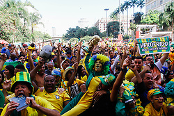 July 2, 2018 - SãO Paulo, Brazil - SÃO PAULO, SP - 02.07.2018: ARENA EM SP TRANSMITE JOGO DO BRASIL - Fans celebrate the Brazilian team's gat tht the Arena set up in the Anhangabaú Valley, in the central region of São Paulo, where the game is played for the 2018 World Cup, Brazil-Mexico, on Monday. 02) (Credit Image: © Aloisio Mauricio/Fotoarena via ZUMA Press)