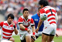 Japan Scrum-Half Fumiaki Tanaka passes - Mandatory byline: Rogan Thomson/JMP - 07966 386802 - 03/10/2015 - RUGBY UNION - Stadium:mk - Milton Keynes, England - Samoa v Japan - Rugby World Cup 2015 Pool B.