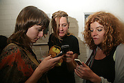 ANNABEL CRUICKSHANK, LISA PENNY AND SALLY UNDERWOOD. Opening of new  Wilkinson gallery. Vyner St. London. E2. Party afterwards at Bistrotheque. 6 September 2007. -DO NOT ARCHIVE-© Copyright Photograph by Dafydd Jones. 248 Clapham Rd. London SW9 0PZ. Tel 0207 820 0771. www.dafjones.com.