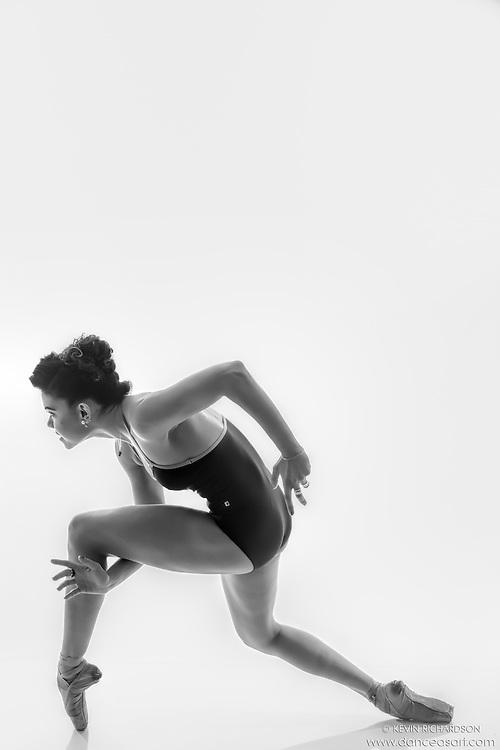 Black and white dance photography-Sneakin En Pointe -featuring ballerina Zui Gomez