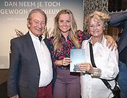 2018, Oktober 23. Soho House, Amsterdam. Boekpresentatie van Dan Neem Je Toch Gewoon Een Nieuwe, van Antoinette Scheulderman. Op de foto: Fatima Moreiro de Melo en haar ouders