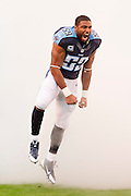 NASHVILLE, TN - NOVEMBER 29:  Wesley Woodyard #59 of the Tennessee Titans runs onto the field before a game against the Oakland Raiders at Nissan Stadium on November 29, 2015 in Nashville, Tennessee.  The Raiders defeated the Titans 24-21.  (Photo by Wesley Hitt/Getty Images) *** Local Caption *** Wesley Woodyard