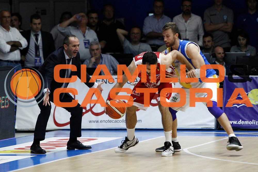 Di Carlo Kikowsky Simons<br />Betaland Capo D'Orlando Vs EA7 Emporio Armani Olimpia Milano<br />Playoff Gara 4<br />LegaBasket 2016/2017<br />Capo d&rsquo;Orlando 18/05/2017<br />Foto Ciamillo-Castoria