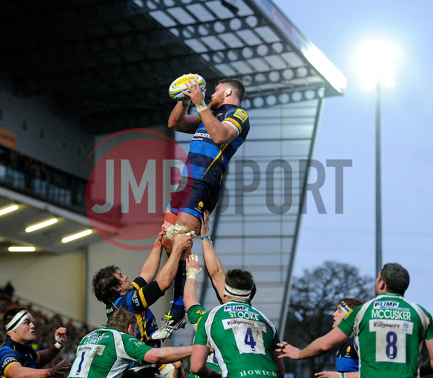 Worcester Warriors Lock Darren Barry wins a line out  - Mandatory by-line: Joe Meredith/JMP - 26/03/2016 - RUGBY - Sixways Stadium - Worcester, England - Worcester Warriors v London Irish - Aviva Premiership