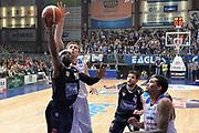 DESCRIZIONE : Cantu, Lega A 2015-16 Acqua Vitasnella Cantu'  Manital Auxilium Torino<br /> GIOCATORE : Dawan Robinson<br /> CATEGORIA : Tiro<br /> SQUADRA : Manital Auxilium Torino<br /> EVENTO : Campionato Lega A 2015-2016<br /> GARA : Acqua Vitasnella Cantu'  Manital Auxilium Torino<br /> DATA : 24/10/2015<br /> SPORT : Pallacanestro <br /> AUTORE : Agenzia Ciamillo-Castoria/I.Mancini<br /> Galleria : Lega Basket A 2015-2016 <br /> Fotonotizia : Cantu'  Lega A 2015-16 Acqua Vitasnella Cantu' Manital Auxilium Torino<br /> Predefinita :