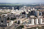 Nederland, Zuid-Holland, Rotterdam, 08-09-2006;  ; stadsgezicht, links Vasteland, rechts de Boompjes, in het midden langs de Leuvehaven de Schiedamsedijk; binnenstad met hoogbouw; highrise, wolkenkrabbers, skyscapers, skyline, verstedelijking, cityvorming, urbanisatie; luchtfoto (toeslag); aerial photo (additional fee required); .foto Siebe Swart / photo Siebe Swart