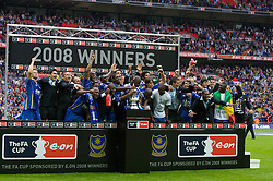 LONDON, ENGLAND - Saturday, May 17, 2008: Portsmouth's players celebrate after beating Cardiff City 1-0 during the FA Cup Final at Wembley Stadium. (Photo by David Rawcliffe/Propaganda)