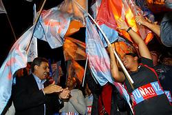 O candidato a vice de José Fortunati, Sebastião Melo chega pra debate na TV COM. FOTO: Jefferson Bernardes/Preview.com