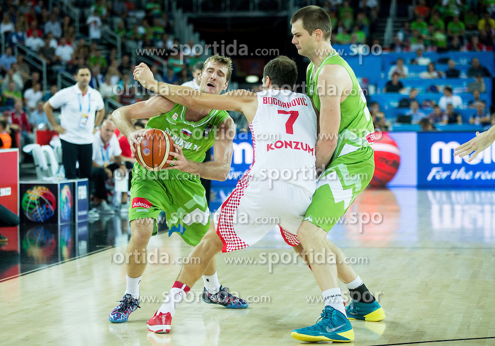 Zoran Dragic of Slovenia, Bojan Bogdanovic of Croatia and Uros Slokar of Slovenia during basketball match between Croatia and Slovenia at Day 1 in Group C of FIBA Europe Eurobasket 2015, on September 5, 2015, in Arena Zagreb, Croatia. Photo by Vid Ponikvar / Sportida