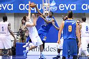 DESCRIZIONE : Desio Trofeo Lombardia Lega A 2014-15 Acqua Vitasnella Cantu' Vanoli Cremona<br /> GIOCATORE : Travis Hyman<br /> CATEGORIA : Controcampo Passaggio<br /> SQUADRA : Vanoli Cremona<br /> EVENTO : Trofeo Lombardia 2014<br /> GARA : Acqua Vitasnella Cantu' - Vanoli Cremona<br /> DATA : 20/09/2014<br /> SPORT : Pallacanestro<br /> AUTORE : Agenzia Ciamillo-Castoria/Max.Ceretti<br /> Galleria : Lega Basket A 2014-2015<br /> Fotonotizia : Desio Trofeo Lombardia Lega A 2014-15 Acqua Vitasnella Cantu' Vanoli Cremona <br /> Predefinita :