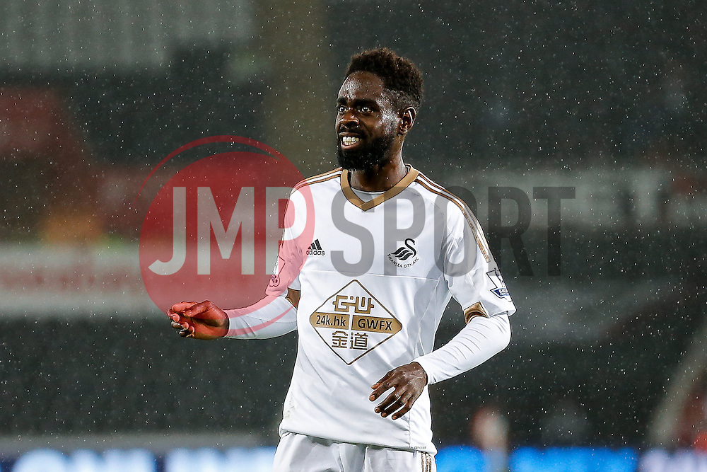 Nathan Dyer of Swansea City looks frustrated - Mandatory byline: Rogan Thomson/JMP - 07966 386802 - 25/08/2015 - FOOTBALL - Liberty Stadium - Swansea, Wales - Swansea City v York City - Capital One Cup Second Round.