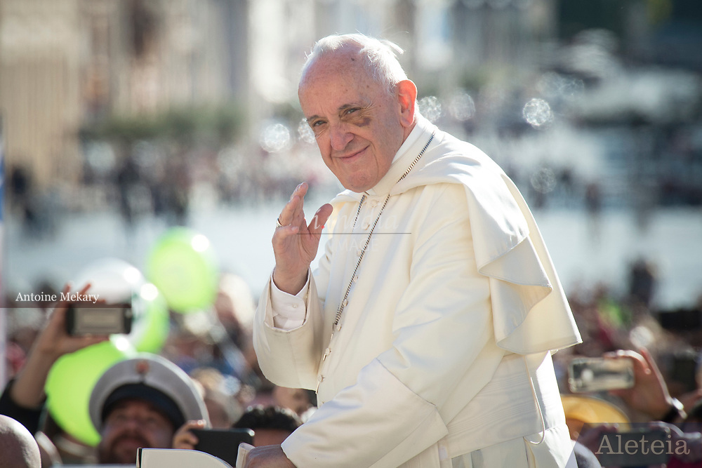 VATICAN CITY, ITALY 20 SEPT 2017: Images from the General Audience with Pope Francis in St. Peters Square on Sept. 20, 2017 Pope Francis smiles as he arrives at the General Audience.