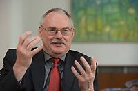 08 MAY 2012, BERLIN/GERMANY:<br /> Prof. Dr. Gert G. Wagner, Vorstandsvorsitzender DIW Berlin, waehrend einem Interview, in seinem Buero, Deutsches Institut für Wirtschaftsforschung e.V. <br /> IMAGE: 20120508-02-011<br /> KEYWORDS: Gerd Wagner