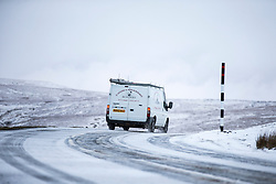 © Licensed to London News Pictures. 12/01/2017. High Shaw UK. Drivers faced difficult driving conditions this morning on the snow covered Buttertubs pass in the Yorkshire Dales. Photo credit: Andrew McCaren/LNP