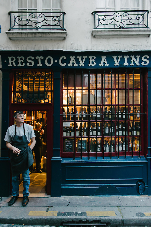 Cave a Vins in the 6th arrondissement, Paris