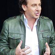 NLD/Arnhem/20110513 - Marco Borsato krijgt speciale tegel in het Gelredome