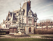 Old Villas and Chateaus