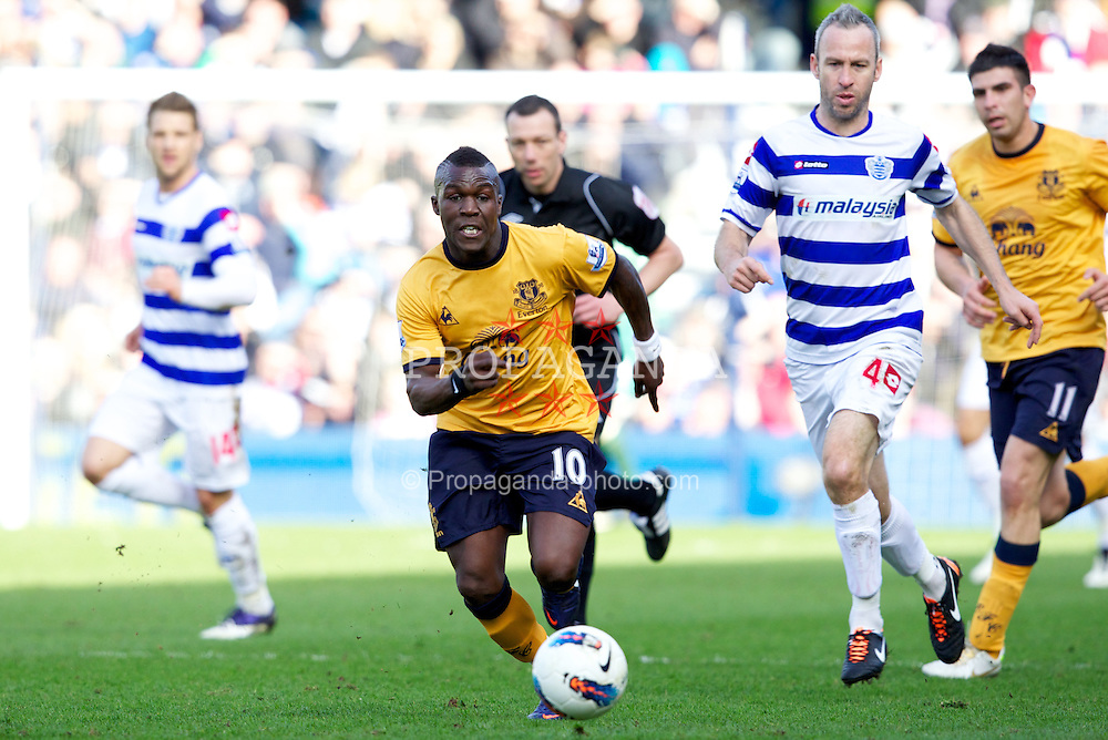 LONDON, ENGLAND - Saturday, March 3, 2012: Everton's Royston Drenthe in action against Queens Park Rangers during the Premiership match at Loftus Road. (Pic by Vegard Grott/Propaganda)