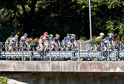11.06.2017, Lienz, AUT, Dolomitenradrundfahrt, SuperGiroDolomiti 2017, im Bild Übersicht auf das Peleton. EXPA Pictures © 2017, PhotoCredit: EXPA/ Johann Groder