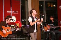Pat Monahan launches SONY BMG & Starwoods Music Initiative at Sheraton NY on September 19, 2007...© 2007 Rahav Segev  / Photopass.com